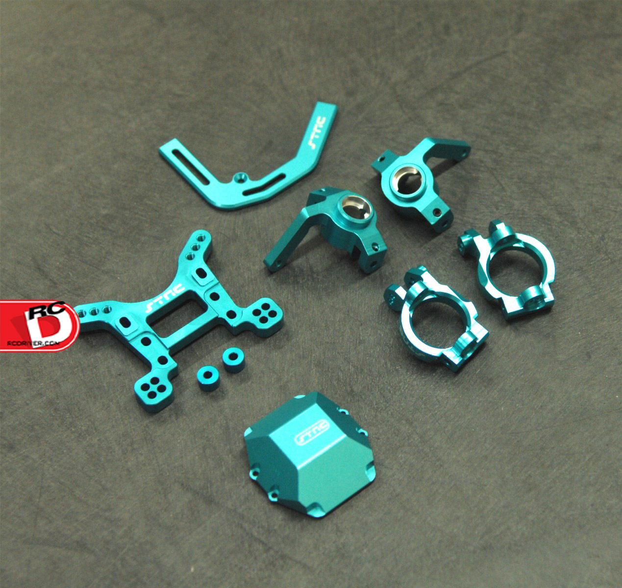 Team STRC CNC machined aluminum Axial Yeti option parts in blue anodize