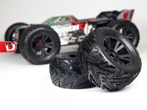 Arrma - Updated Kraton 6S BLX Brushless 4WD Monster Truggy_3 copy