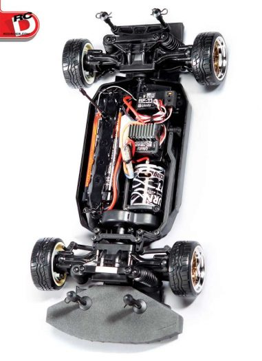 All E10 drift cars are set up as you see it here with the motor up front for more weight over the front wheels. This makes the rear lighter and easier to drift.