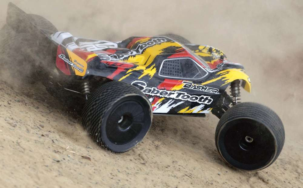 8-Scale-RC-Truggy-5