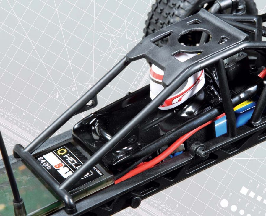The sturdy roll cage on the Verdikt keeps the little dude safe from all of the chaos while bashing around your favorite driving spot. These seeming- ly small details really make a big difference in the looks department when the body is off the truck.