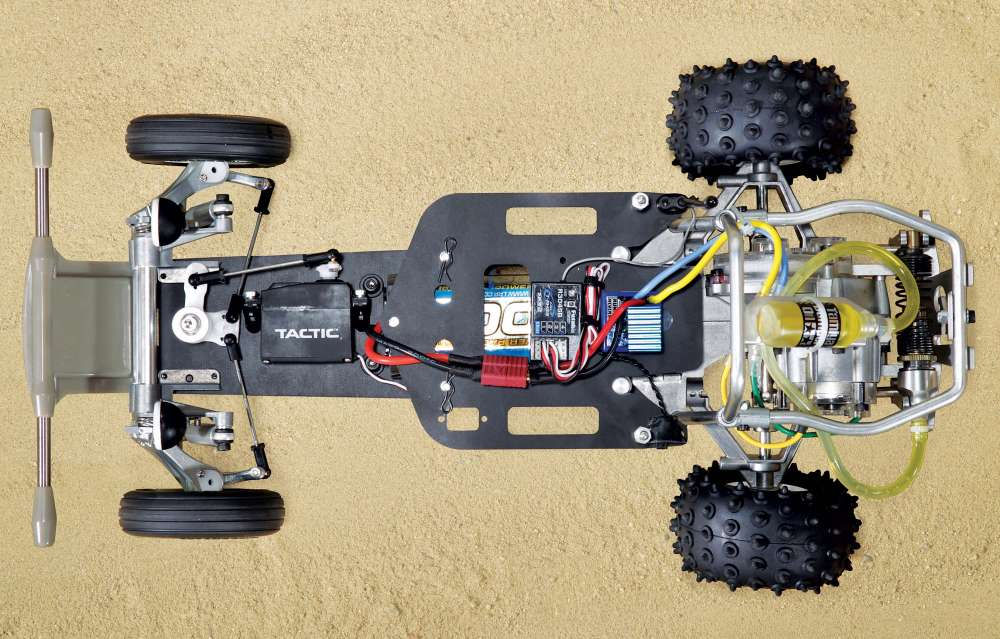 Tamiya-Fighting-Buggy-RC-Off-Roader-Review--22