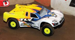 Team-Losi-Racing-22SCT-RC-Short-Course-Truck-Review-3