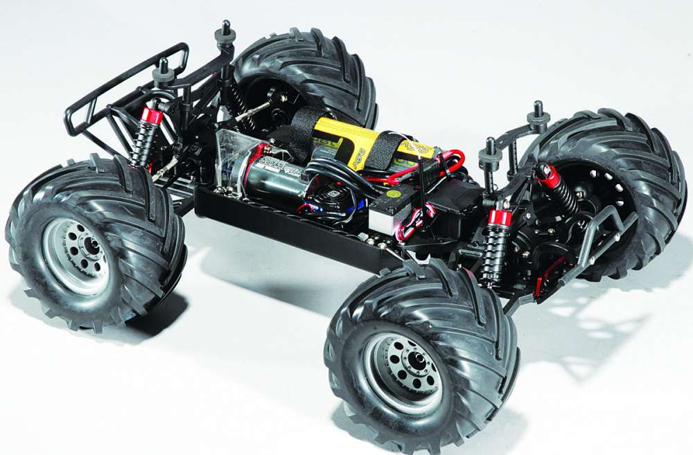 Helion Invictus 10MT RC Monster Truck Review-32