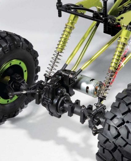 The rear axle is the same as the one used up front, so installing a second servo for 4-wheel steering is a breeze.