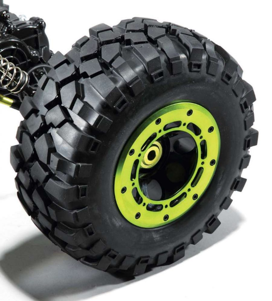 The tires on the MaxStone 5 are huge and while the foams aren't all that soft, the all-terrain lugs will help it overcome all but the slickest of obstacles.