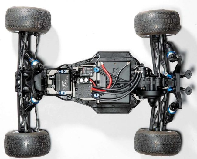 RC-Stadium-Truck-Review--The-Team-Associated-T5M-21