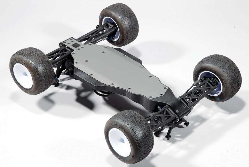 RC-Stadium-Truck-Review--The-Team-Associated-T5M-22