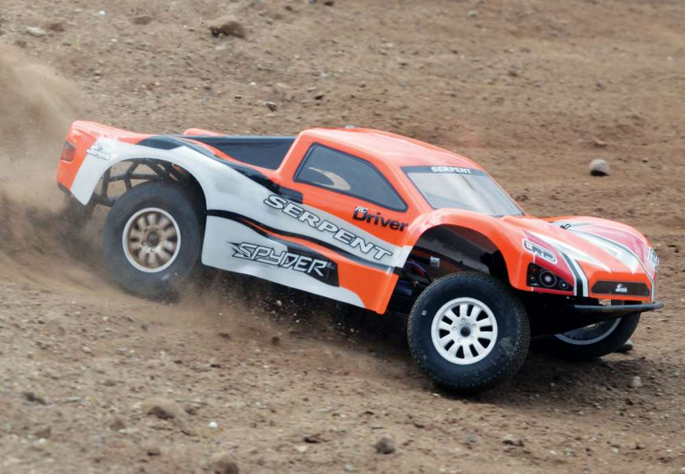 Reviewing Serpent's Out-of-Box Spyder SC RTR 1/10-Scale 2WD
