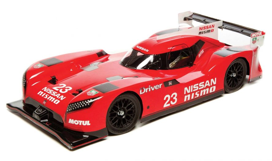 Review Nissan GT-R LM Nismo Launch F103GT-12