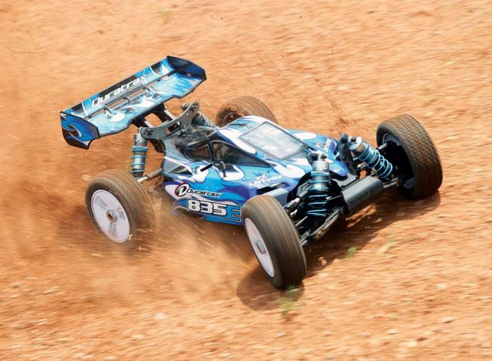 Race Ready Duratrax 835E Review