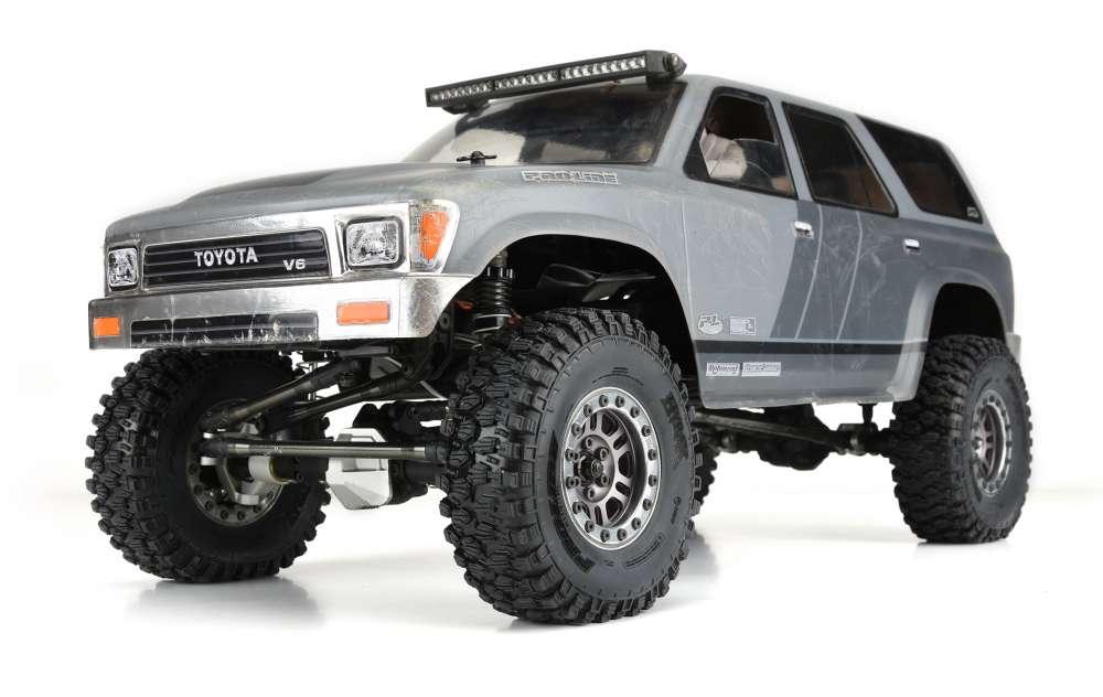 "Video - Class 1 Hyrax 1.9"" (4.19"" OD) G8 Rock Terrain Truck Tires by Pro-Line"