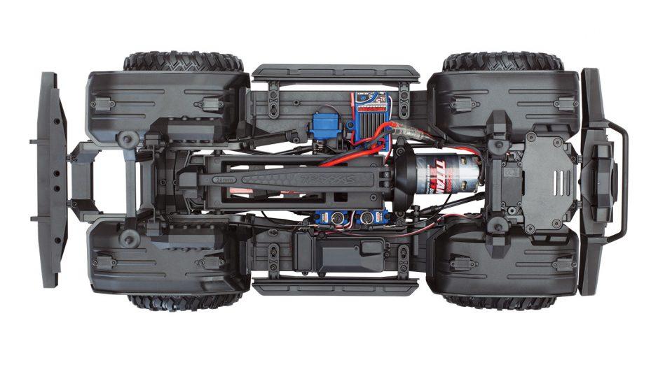 82016-4-TRX-4-chassis-overhead-IMG_1607