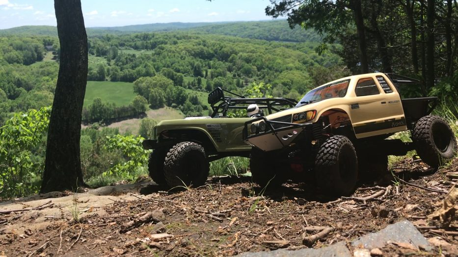 Axial Racing SCX10 II Trail Honcho & Deadbolt 2 Run