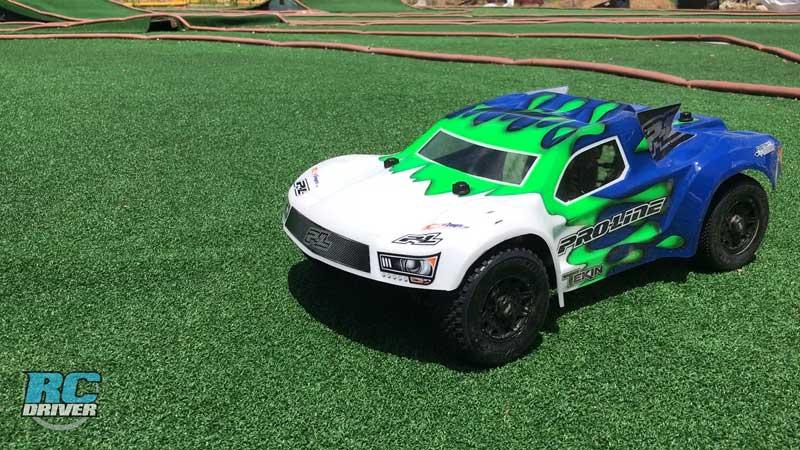Pro-Line Racing Pro-Fusion SC 4x4 Turf Track Test