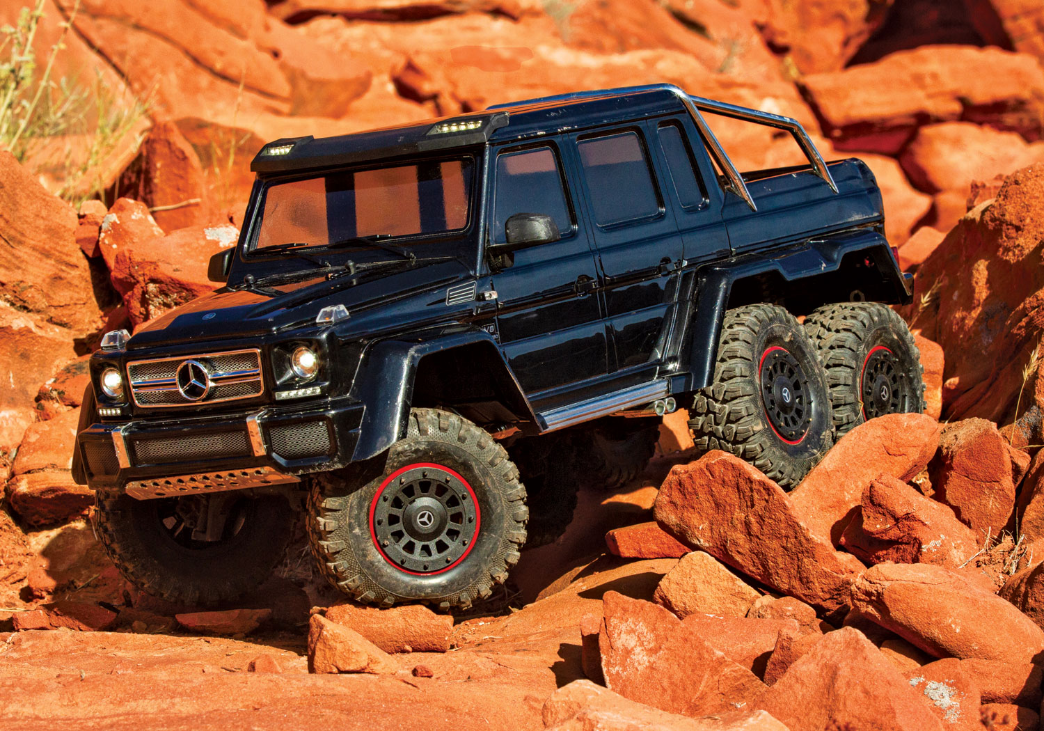 All-Terrain Ready - Traxxas TRX-6 Mercedes-Benz G 63 AMG 6x6