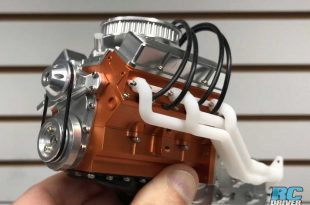 Loading Up The RC4WD V8 Engine With Detail Options