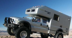 Ford F-550 EarthRoamer XV-LT Xpedition Vehicle