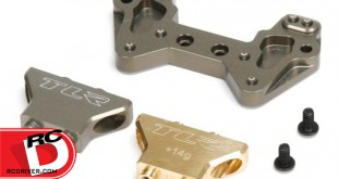 TLR - Aluminum Mid Motor Rear Camber Plate with Brass and Aluminum Tower for 22 Series Vehicles