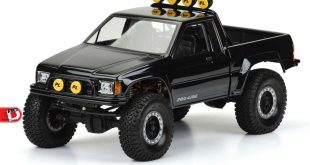 Pro-Line - 1985 Toyota HiLux SR5 Clear Body copy