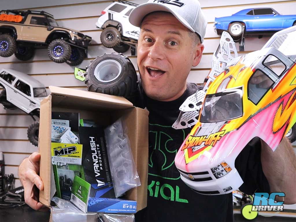 RC Monster Truck Build - Axial SMT10 Base
