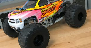 Project Show-Off Axial SMT10 RC Monster Truck Is Finished